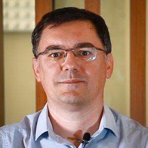 Julien - Juriste-formateur